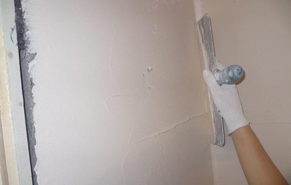 Косметическим выравниванием стен